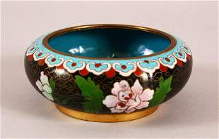 A 19TH / 20TH CENTURY CHINESE CLOISONNE BRUSH WASHER -