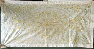 A BENGAL SILK EMBROIDERED RUNNER, 20th Century, 3ft