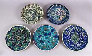 A COLLECTION OF 5 JERUSALEM PALESTINIAN POTTERY PLATES,