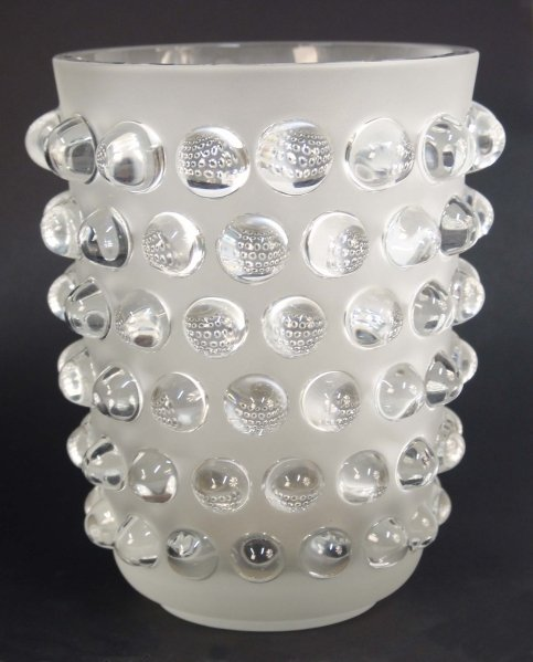 2010: A LALIQUE FROSTED GLASS VASE with bubbles in clea