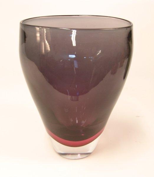 2014: AN AMETHYST MURANO GLASS VASE, SEGUSO VETRI D'ART