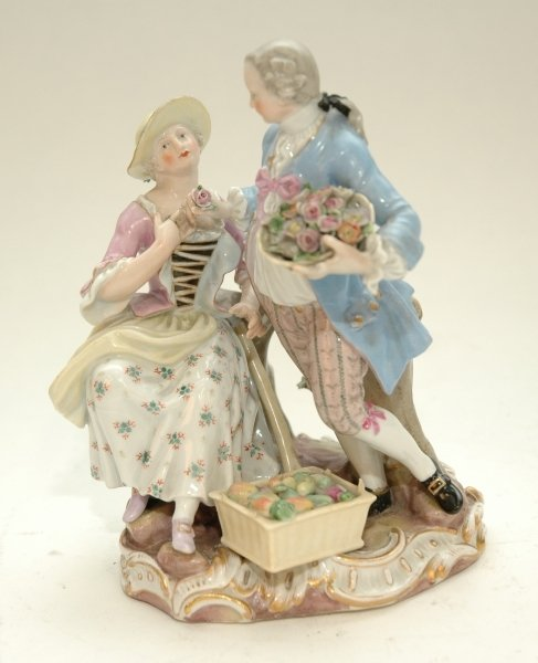 44: A GOOD MEISSEN GROUP OF A GALLANT AND LADY, the man