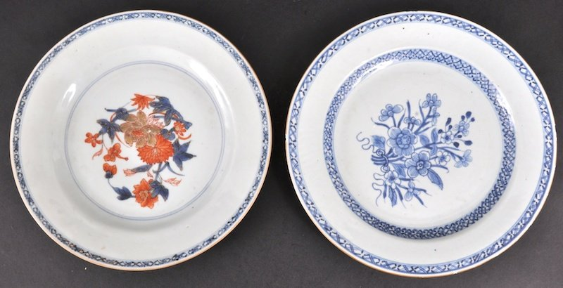 14: AN 18TH CENTURY CHINESE EXPORT CIRCULAR PLATE toget