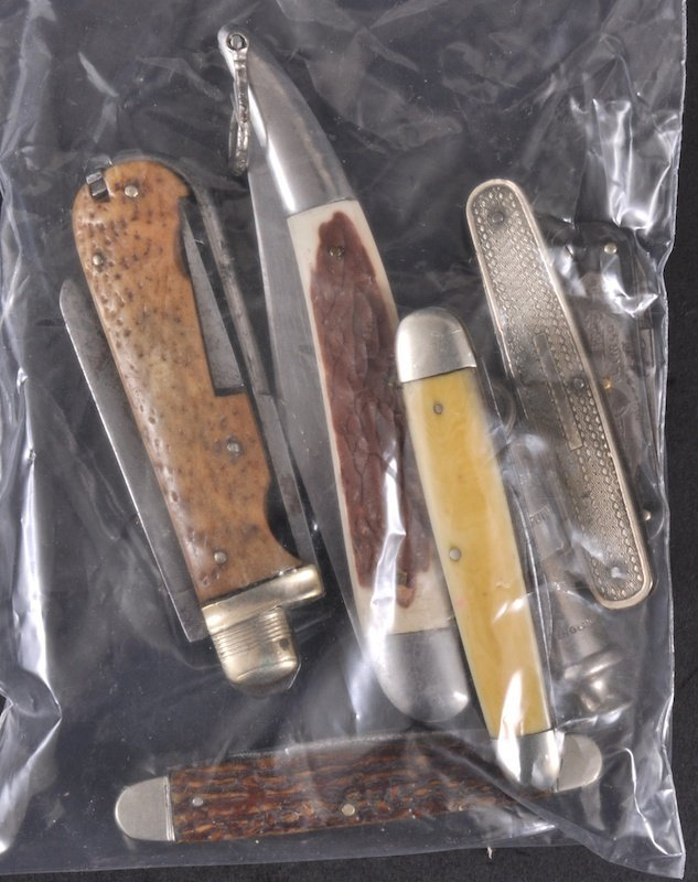 20: SIX VARIOUS PENKNIVES and a GIRL GUIDES WHISTLE (7)