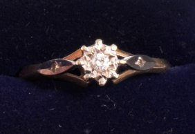 A SINGLE STONE DIAMOND RING Set In 18ct Gold.