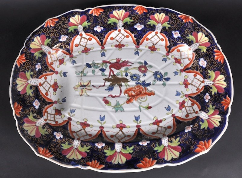 843: A GOOD LARGE IRONSTONE SERVING DISH with well and