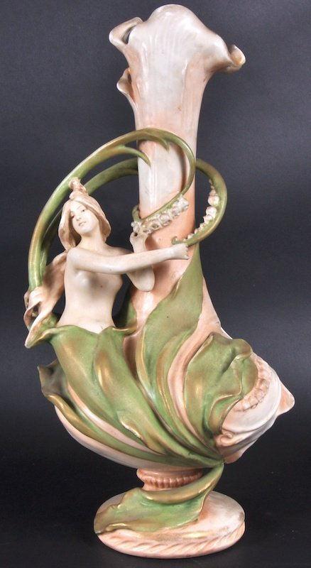852: AN AUSTRIAN ART DECO VASE as a mermaid clinging to