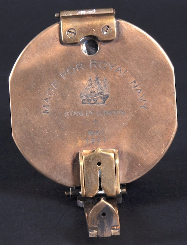 1117: A STANLEY OF LONDON BRASS NAVAL COMPASS MK1 1941,