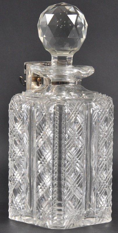 960: A 19TH CENTURY BETJEMANNS PATENT CUT GLASS DECANTE
