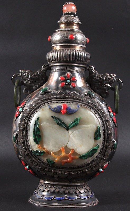 407:  A GOOD 19TH CENTURY CHINESE TIBETAN SILVER PILGRI