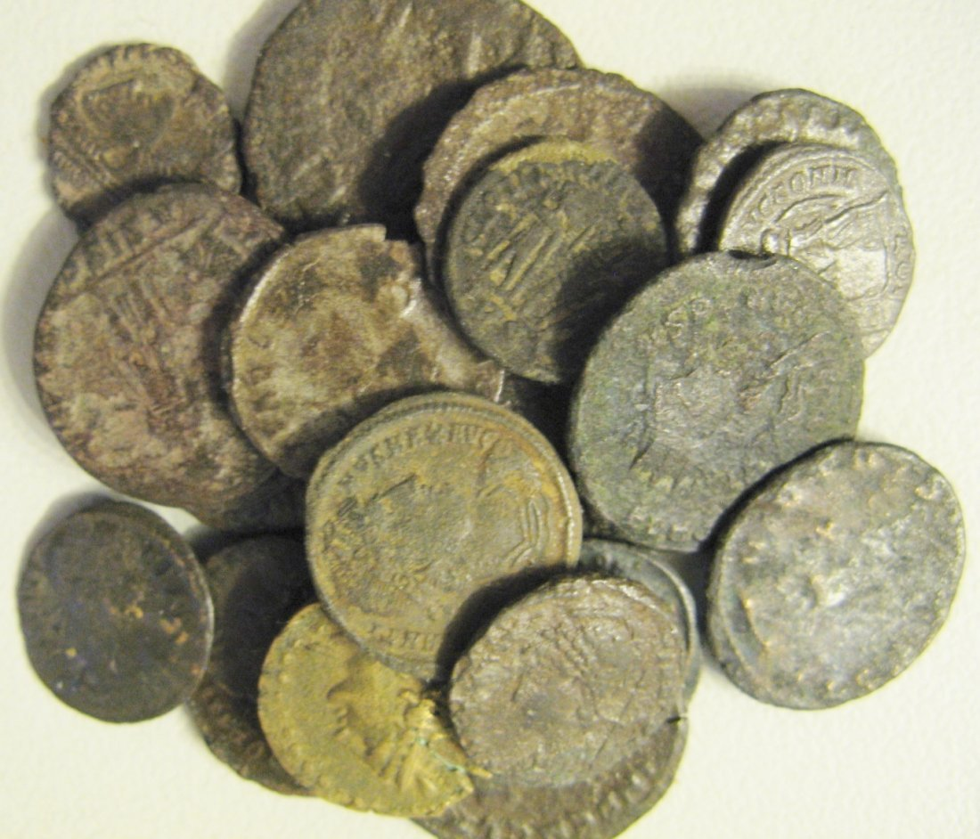 1310:  Roman bronzes (20, mainly 4th century, fine to v