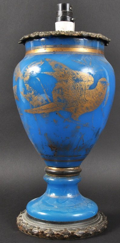 A 19TH CENTURY GILDED BLUE GLASS OPALINE GLASS VASE wit