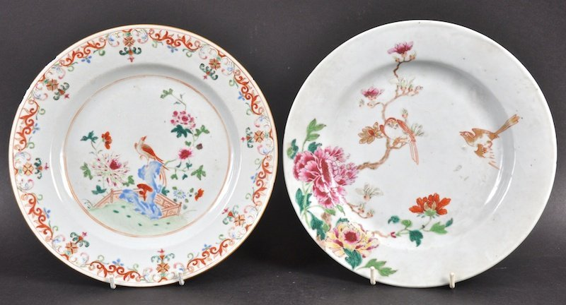 AN 18TH CENTURY CHINESE EXPORT CIRCULAR PLATE enamelled