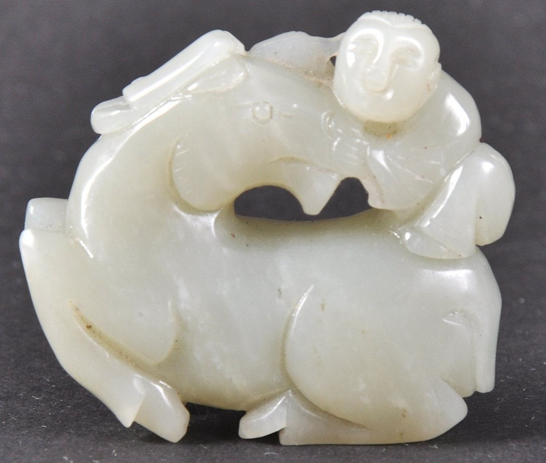 A GOOD CHINESE QING DYNASTY GREEN JADE CARVED HORSE