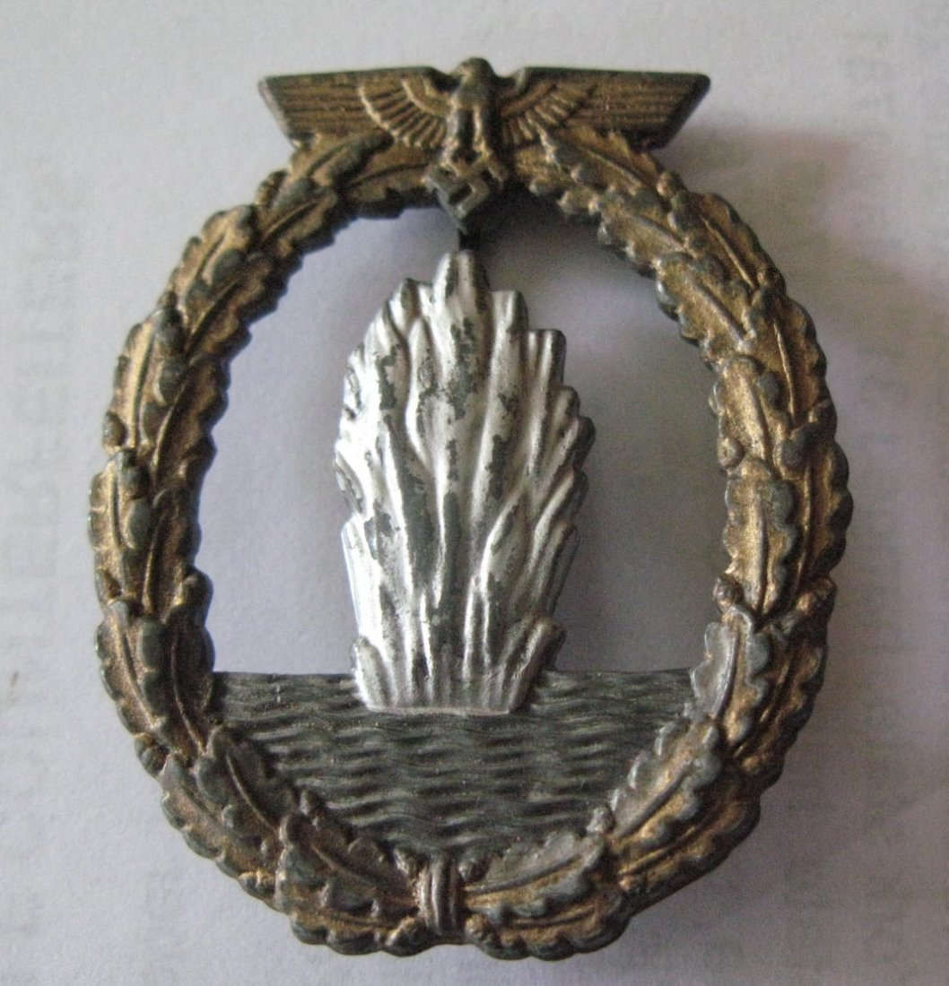 Germany, WWII Kriegsmarine Minesweepers badge, makers m