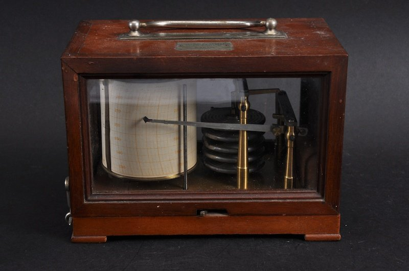A SMALL 19TH CENTURY FRENCH BAROGRAPH in a mahogany