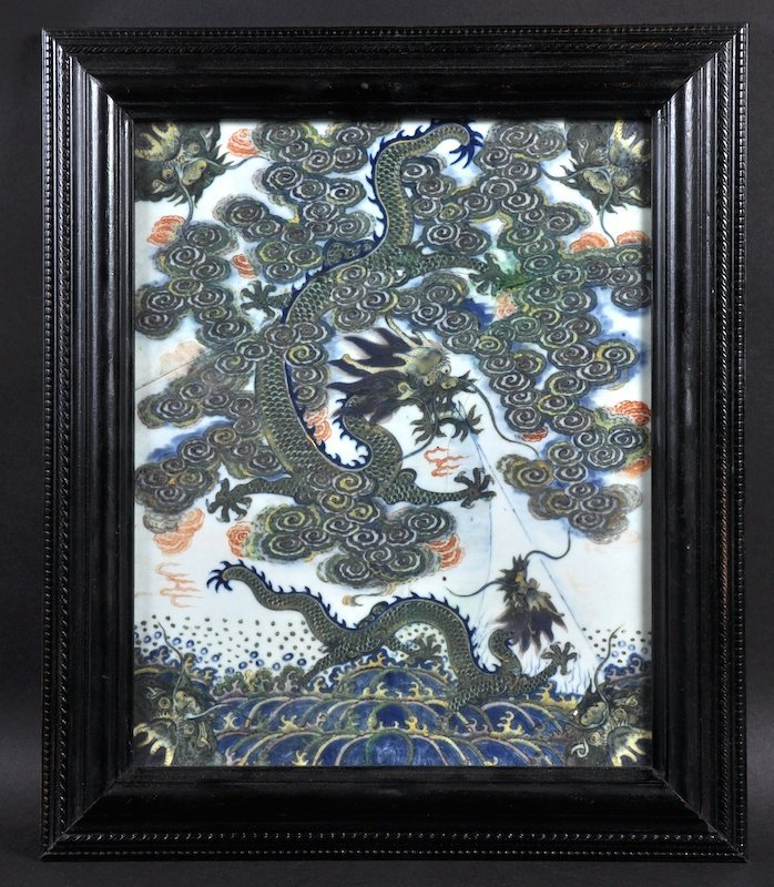 A FINE CHINESE QING DYNASTY WUCAI PORCELAIN PANEL