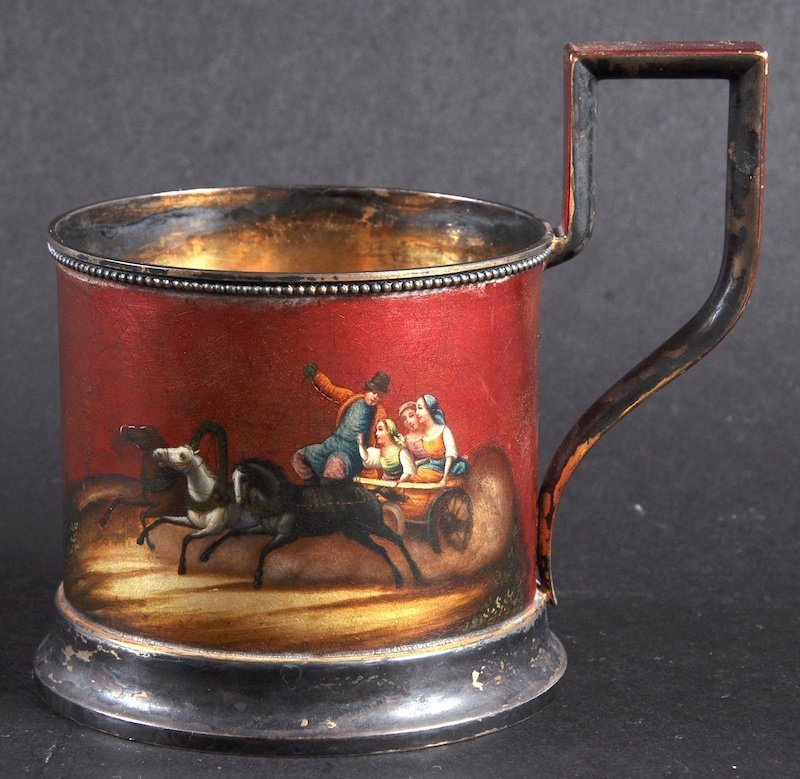A RUSSIAN SILVER AND RED LACQUER TANKARD decorated with