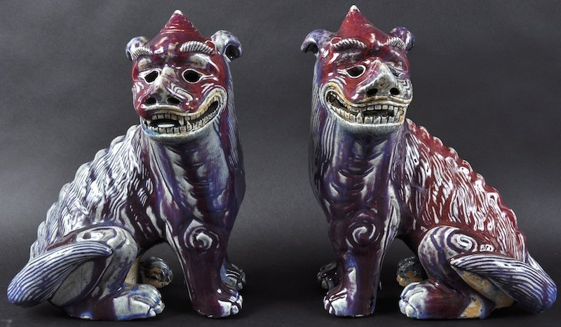 A GOOD PAIR OF CHINESE QING DYNASTY FLAMBE GLAZED KYLIN