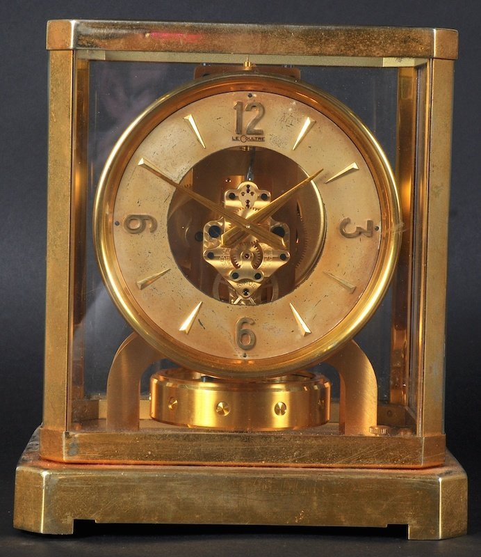 AN ATMOS CLOCK by LE COULTRE, No. 49946. 9 inches high.
