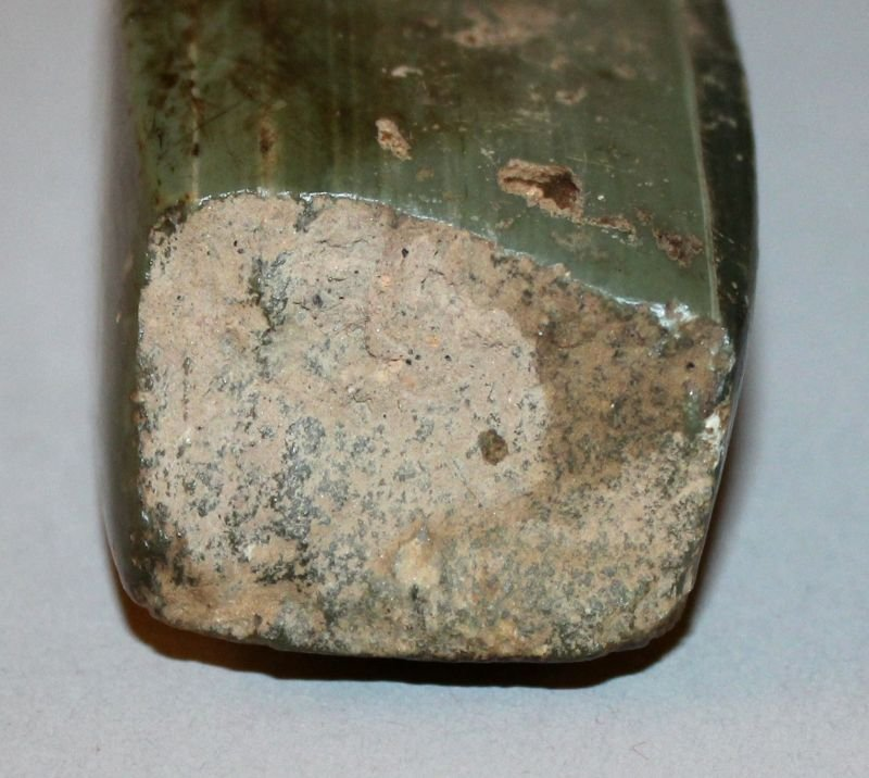 A CHINESE NEOLITHIC JADE AXE, the angular stone of - 3