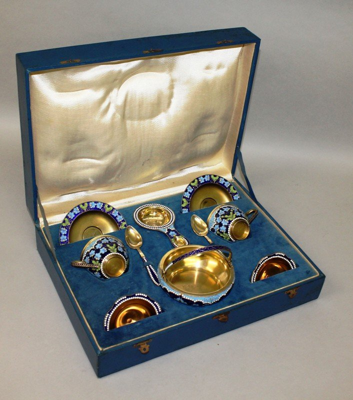 A GOOD RUSSIAN SILVER GILT AND ENAMEL TEA SET FOR TWO
