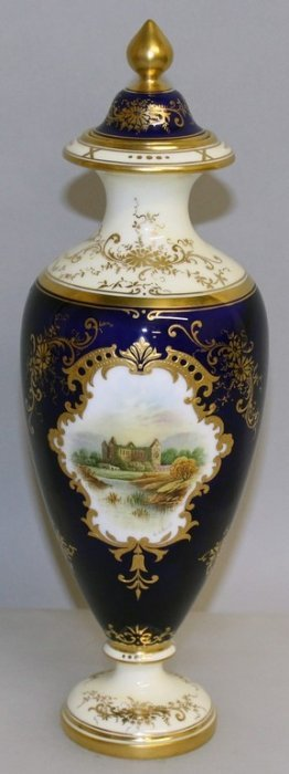 A Late 19th/early 20th Century Coalport Fine Vase And