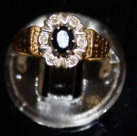 A Gold Ring.