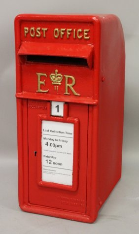 450. A Red E.r. Iron Post Office Letterbox. 2ft High,