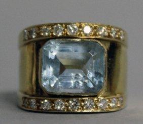 723. A Good Aquamarine And Diamond Set Ring In Yellow