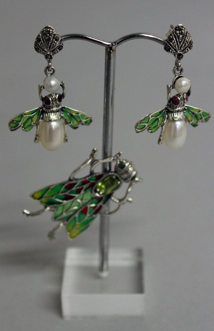785.  A PAIR OF SILVER AND ENAMEL BUG EARRINGS AND