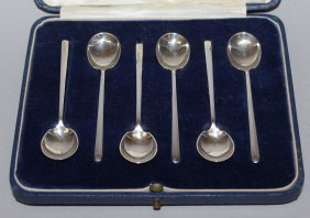 941. A Set Of Six Small Coffee Spoons, In A Case.