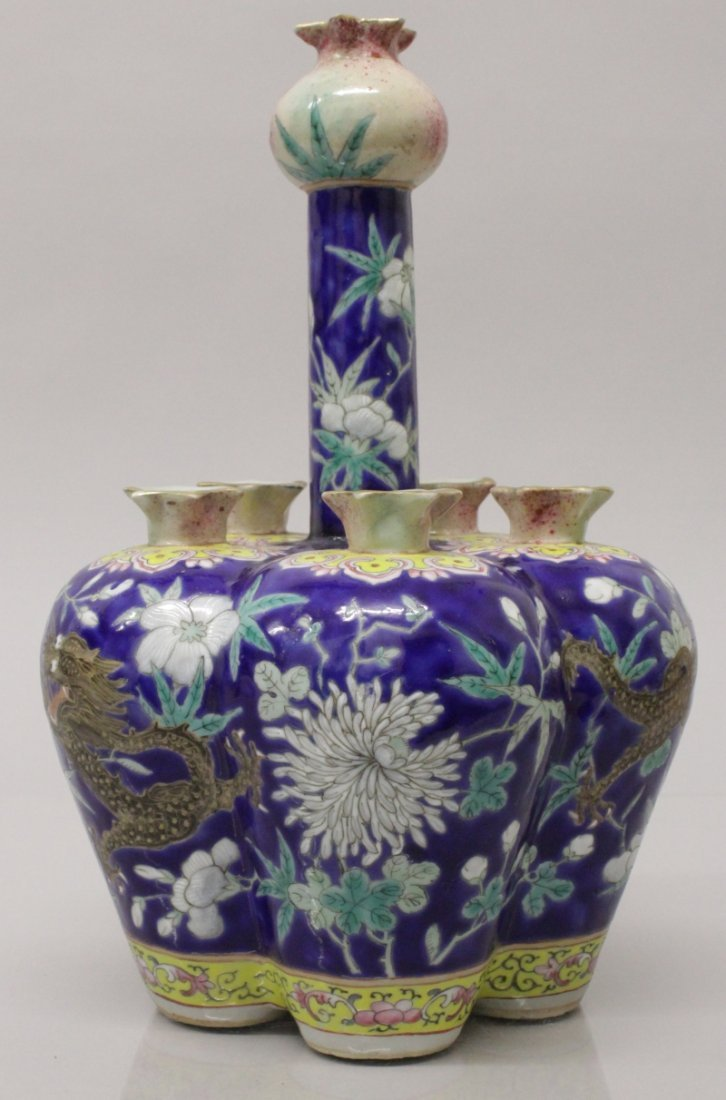 A GOOD QUALITY 19TH CENTURY CHINESE FAMILLE ROSE BLUE - 2
