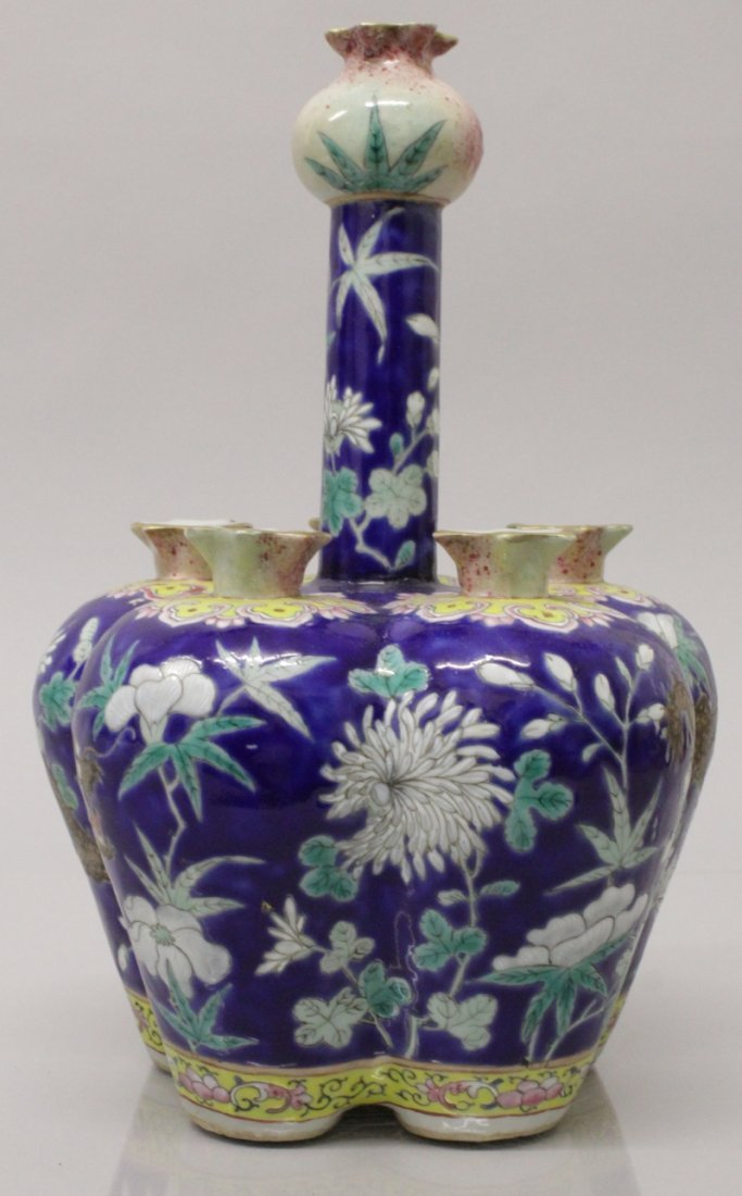 A GOOD QUALITY 19TH CENTURY CHINESE FAMILLE ROSE BLUE - 4