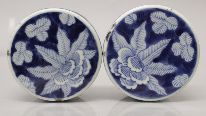 A GOOD PAIR OF 19TH CENTURY CHINESE BLUE & WHITE - 5
