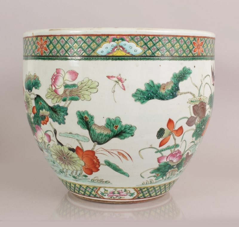 A GOOD LARGE 19TH CENTURY CHINESE FAMILLE ROSE-VERTE - 4