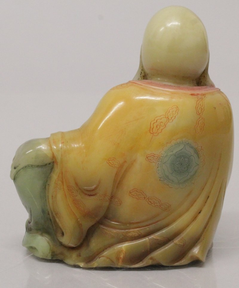 A CHINESE SOAPSTONE FIGURE OF A RECLINING LOHAN, the - 3