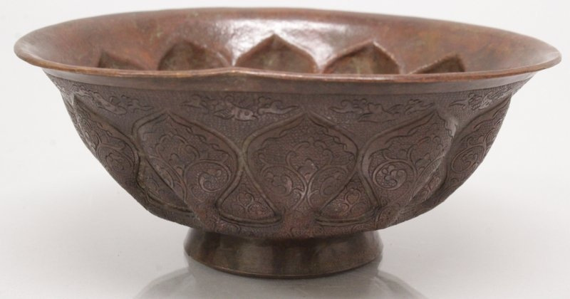 AN UNUSUAL CHINESE TANG STYLE BRONZED METAL BOWL, 5.2in - 2