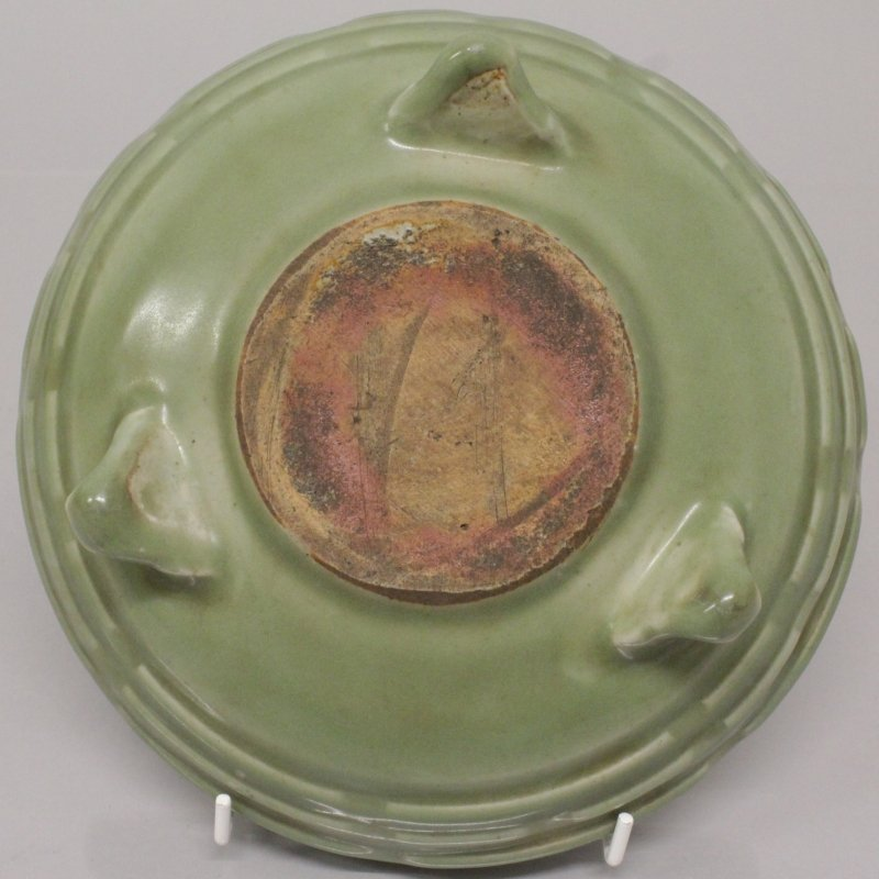 A CHINESE LONGQUAN STYLE CELADON TRIPOD CENSER, the - 3