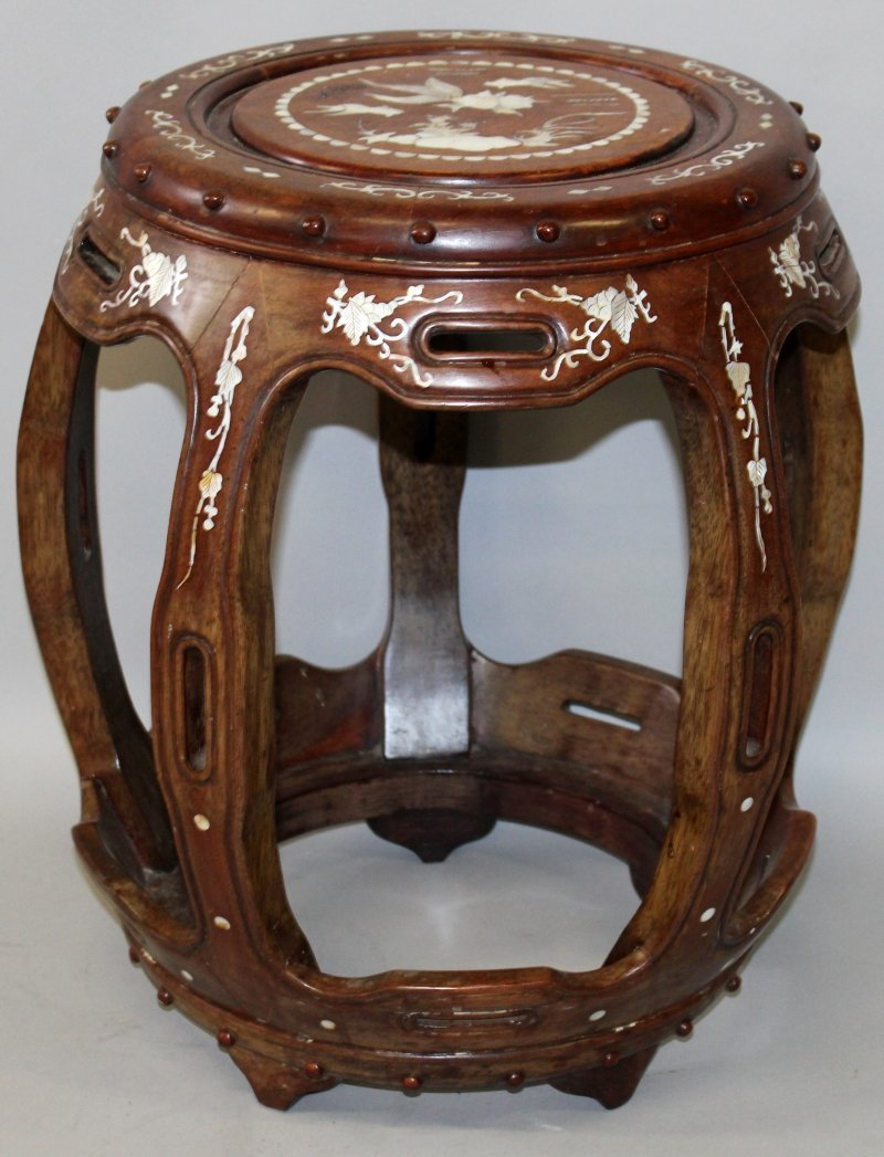A CHINESE MOTHER-OF-PEARL INLAID BARREL FORM HARDWOOD