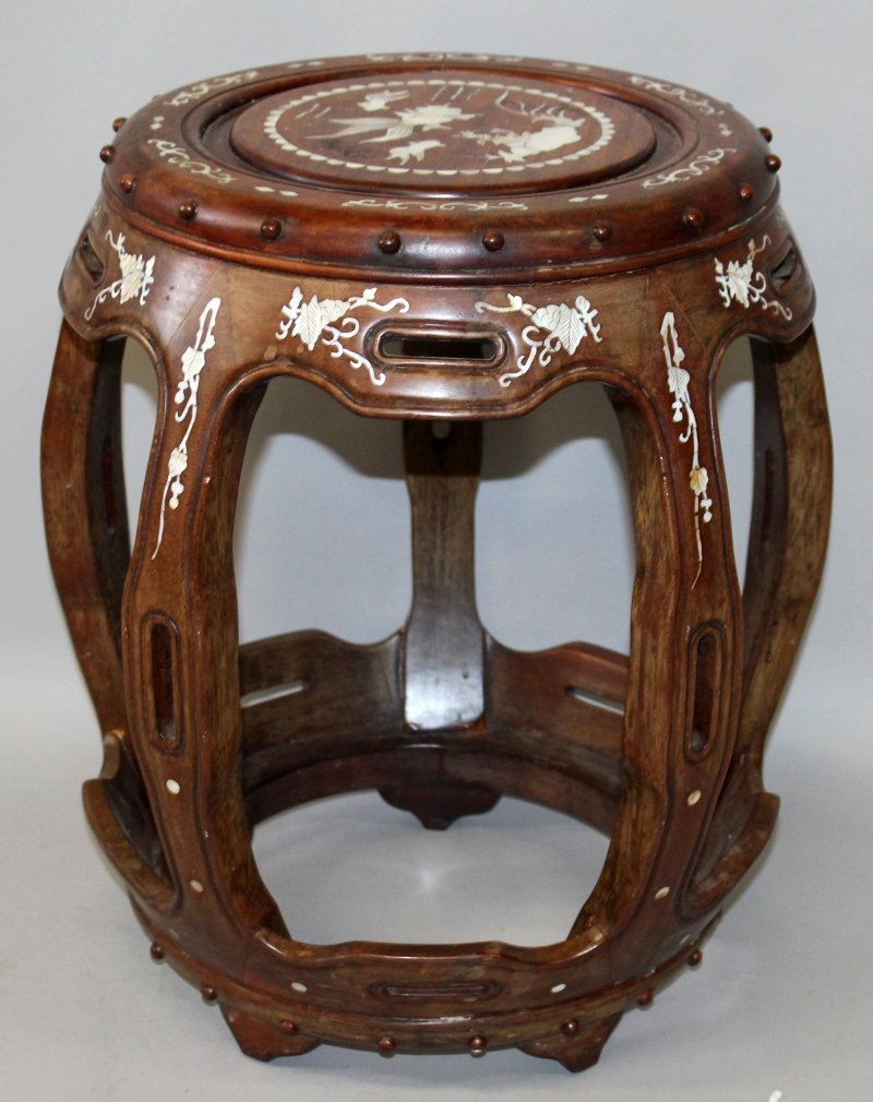 A CHINESE MOTHER-OF-PEARL INLAID BARREL FORM HARDWOOD - 2