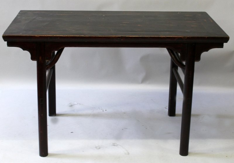 A 19TH/20TH CENTURY CHINESE HARDWOOD RECTANGULAR ALTER