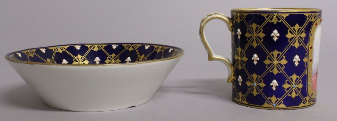 A GOOD 18TH CENTURY SEVRES CUP AND SAUCER with rich - 2