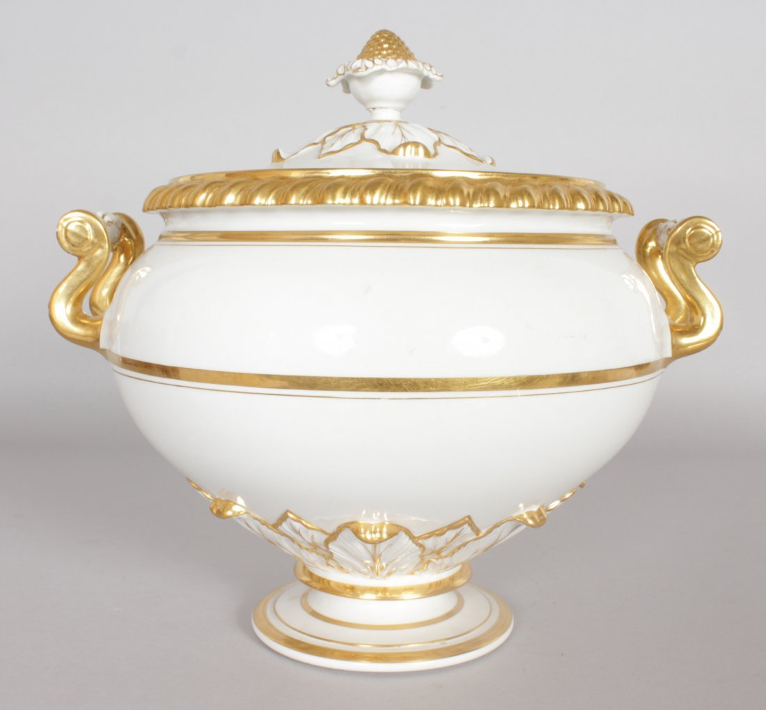 A LARGE WORCESTER TWO HANDLED CIRCULAR TUREEN AND - 2