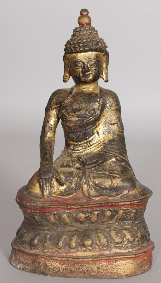 AN 18TH/19TH CENTURY SOUTH-EAST ASIAN GILT BRONZE - 4