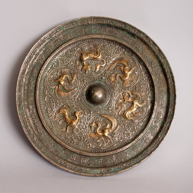 A GOOD GILDED & SILVERED CHINESE TANG DYNASTY BRONZE