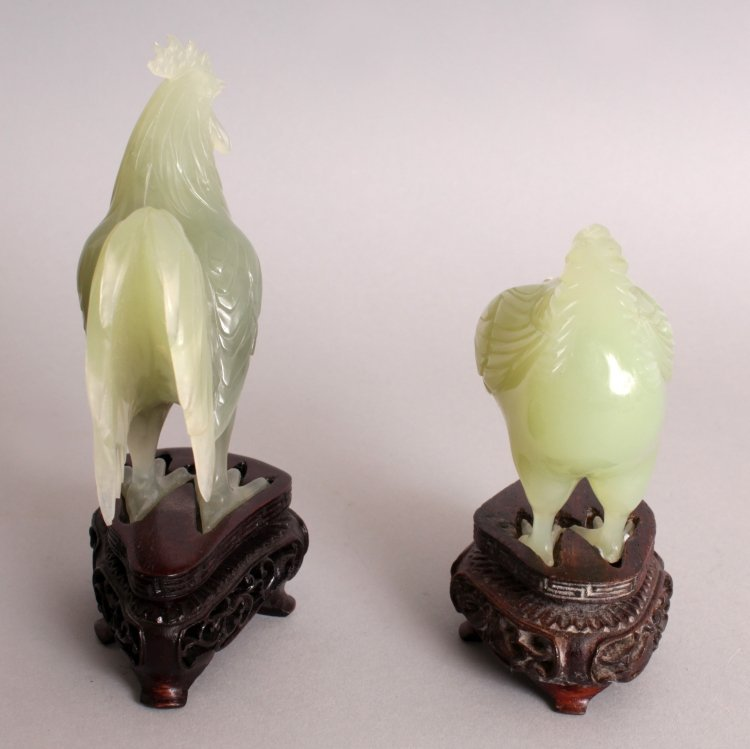 AN UNUSUAL SET OF 20TH CENTURY CHINESE CELADON GREEN - 4