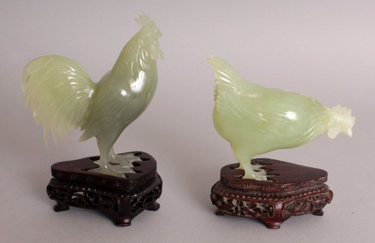 AN UNUSUAL SET OF 20TH CENTURY CHINESE CELADON GREEN - 5