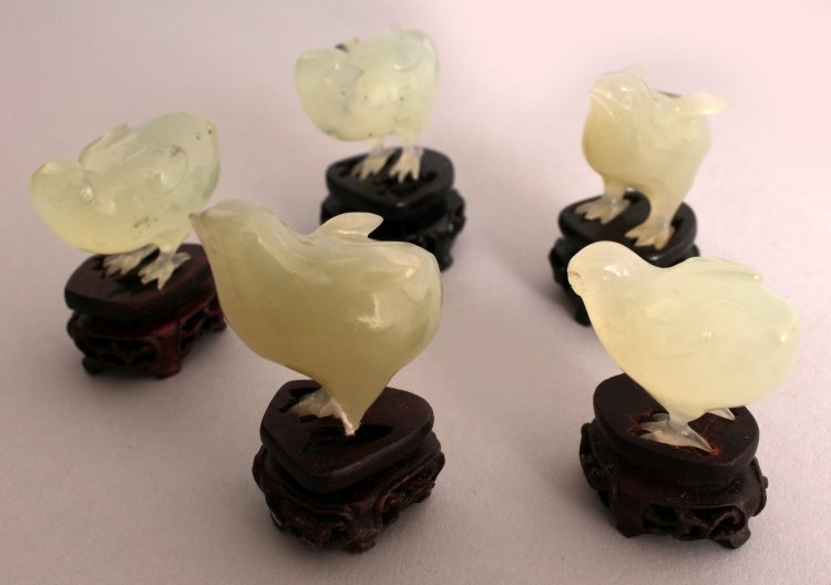 AN UNUSUAL SET OF 20TH CENTURY CHINESE CELADON GREEN - 7