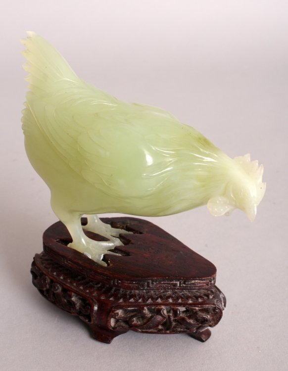 AN UNUSUAL SET OF 20TH CENTURY CHINESE CELADON GREEN - 9